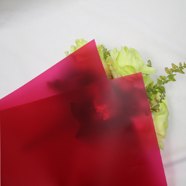 Waterproof Flower and Gift Wrapping Translucent Films TW5-D-Red